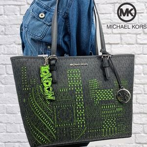 NWT Michael Kors London Neon Tote & Keychain Set